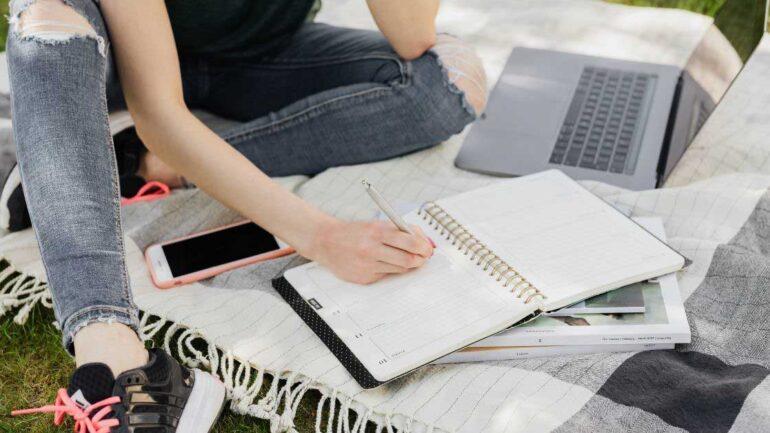 kako početi pisati knjigu